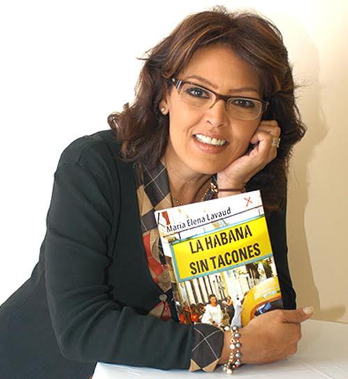 La periodista María Elena Lavaud concedió entrevista para La Revista del Domingo. Periodista: Loys Lesso